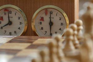 Pendule d'échecs mécanique