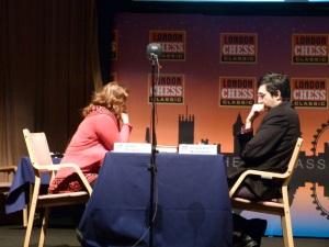 Judith Polgar contre Vladimir Kramnik au tournoi de Londres en 2012